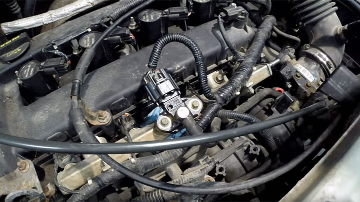 5 Symptoms of a Bad Fuel Pressure Sensor  and Replacement