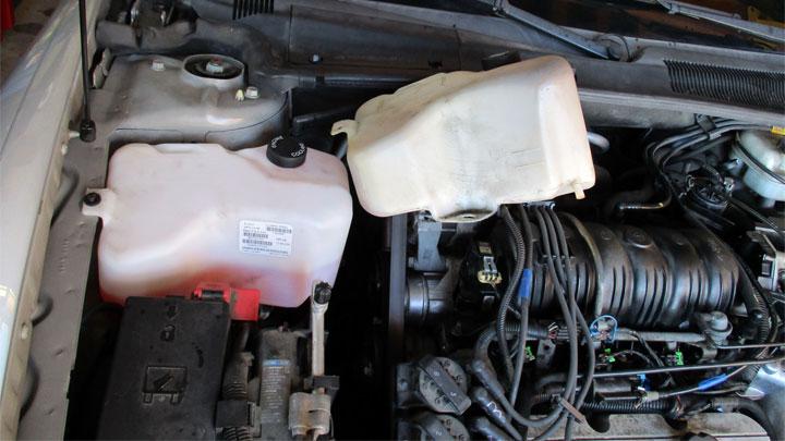 coolant overflow tank