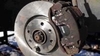 Symptoms and Causes of Brake Caliper Sticking and Totally Stuck