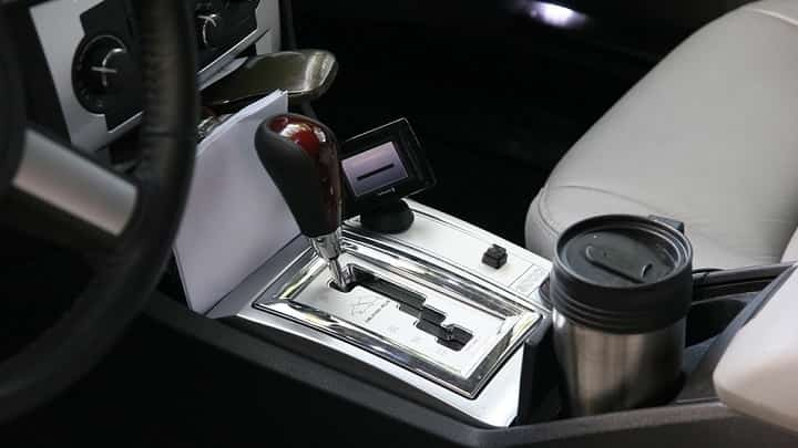 4 tips of automatic car driving for beginners car maintenance tips. Black Bedroom Furniture Sets. Home Design Ideas