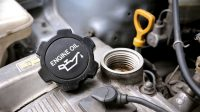 Symptoms of Having the Wrong Engine Oil in Your Car (What Happens?)