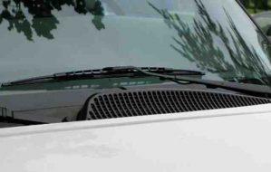 Rain sensor and automatic wipers working principle