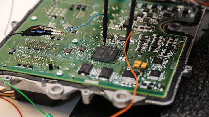 5 Symptoms of a Bad ECU (and Replacement Cost)