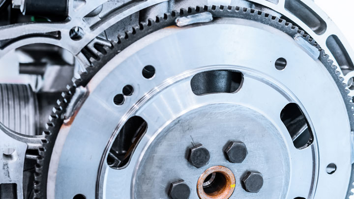 5 Bad Flywheel Symptoms (and Replacement Cost in 2019)