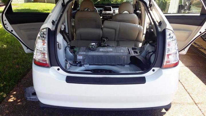 How Long Do Hybrid Car Batteries Last? (Average Lifespan)