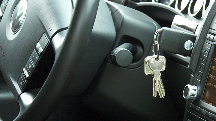 7 Reasons Your Car Key is Stuck in the Ignition (and How to