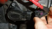 5 Symptoms of a Bad Throttle Position Sensor (and Replacement Cost)