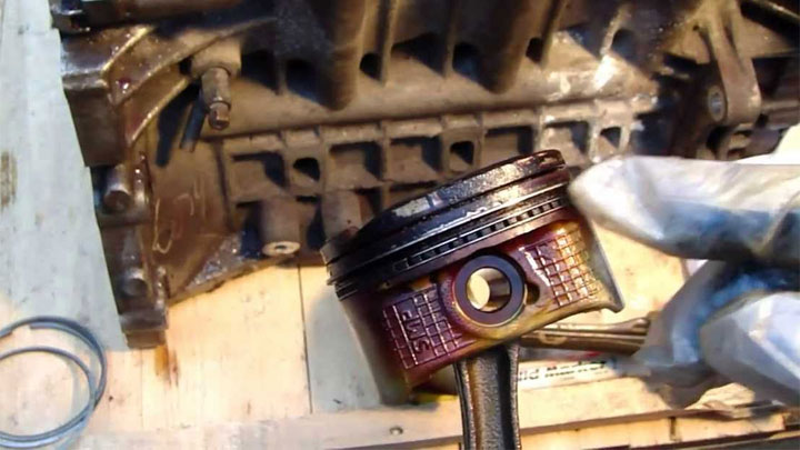 symptoms of bad piston rings and valve seals