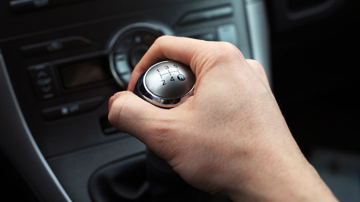 6 Causes of a Manual Transmission Being Hard to Shift (Should You