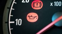 Top 4 Causes of a Low Oil Pressure Warning Light Coming On