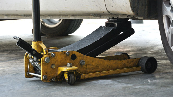 floor jack safety