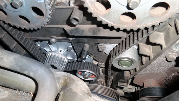 5 Symptoms of a Bad Timing Belt Tensioner (and Replacement Cost)