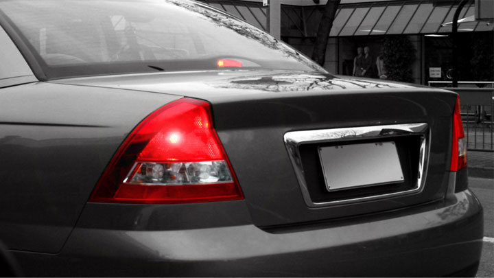 Brake Lights Won't Turn Off? (3 Common Causes)