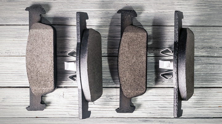 ceramic vs organic brake pads