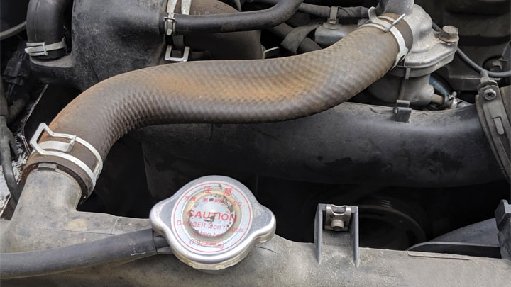3 Causes of Radiator Hose Collapse(and How to Fix It)