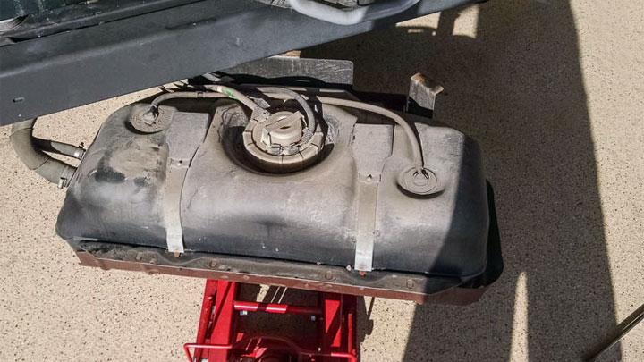 drop gas tank