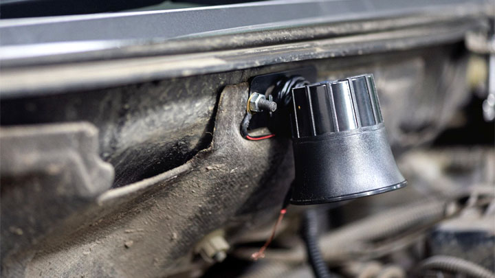 faulty car alarm installation