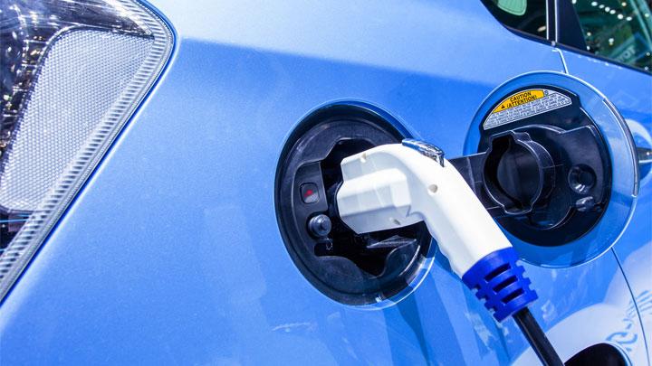 hybrid car costs