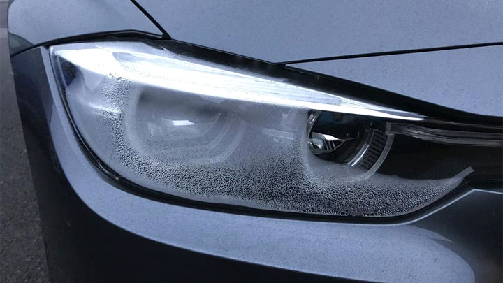 How to Get Moisture Out of Headlights
