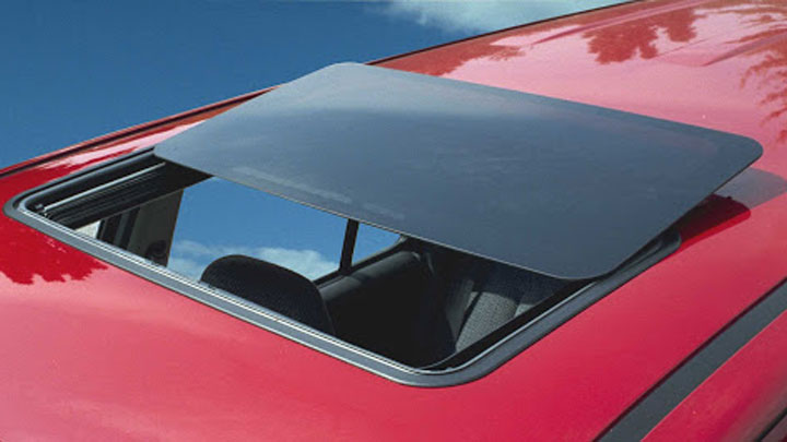 spoiler sunroof