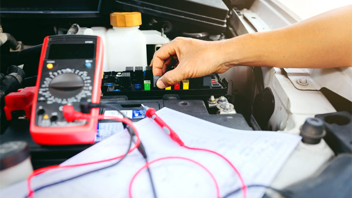 5 Symptoms of a Bad Fuel Pump Relay (and Replacement Cost)