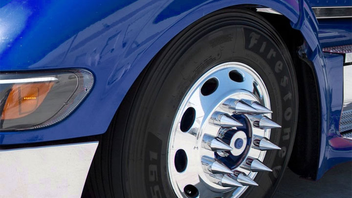 what are truck wheel spikes?